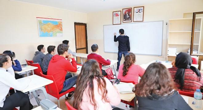 Halk Eğitim, lise mezunlarına üniversiteye hazırlık kursu açacak