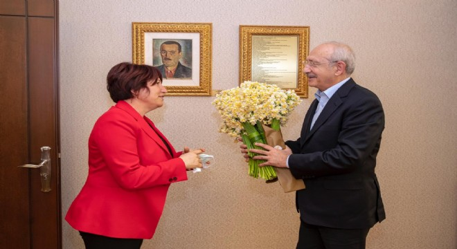 Kılıçdaroğlu'na nergisli ziyaret