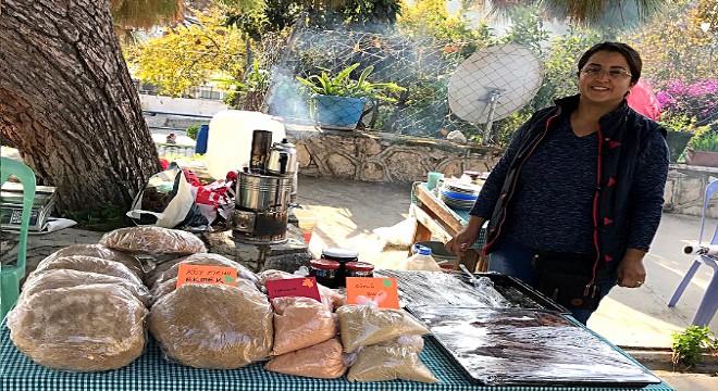 """""""Toprak Ana"""" Karaburun'a lezzet verdi"""